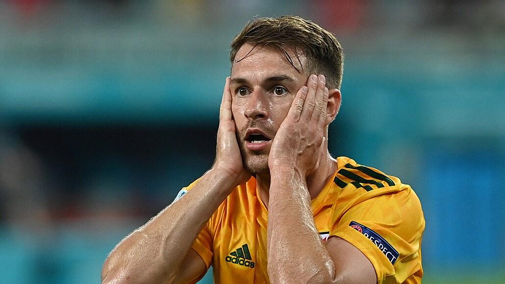 Turecko - Wales 0:2, Ramsey zahazoval i skóroval, v závěru zvýšil Roberts