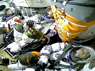 Z kosmodromu v poušti Gobi odstartovala do vesmíru čínská loď Šen-čou 12 s...