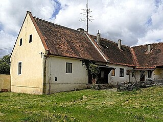 Ema Destinnová koupila v roce 1914 zámek ve Stráži nad Nežárkou. Patřil jí i...
