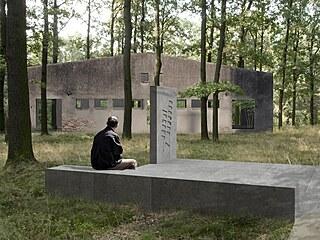 Do památníku bude zakomponované i torzo současného vepřína.