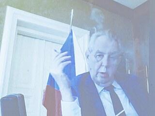 Prezident Miloš Zeman ve středu přes videokonferenci svědčí v kauze Mostecké...