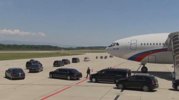 Ruský prezident Putin dorazil do Ženevy. Bude jednat s Bidenem