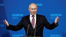 Putin prozradil, čím se nechal očkovat. Váhající Rusy pobídl k vakcinaci
