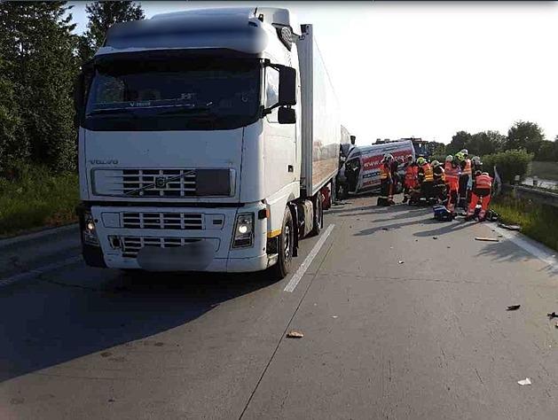 Popraskaná D35 je směrem na Olomouc otevřená, objíždění komplikovaly nehody