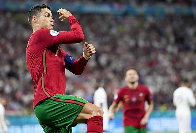 Portugalsko – Francie 2:2, dvěma penaltami pohlídal postup rekordman Ronaldo