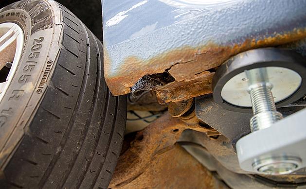Přehled závad ojetých aut: některé jsou rizikové, jiné nemusíte řešit
