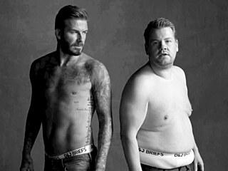 David Beckham a James Corden představují neexistující značku spodního prádla...