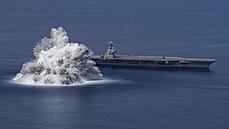 Zkouška ohněm. USA testovaly loď obří explozí