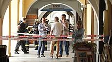 Policie připravuje obvinění pro muže, který držel v Českých Budějovicích rukojmí