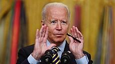 Biden schválil balík peněz pro zoufalé Afghánce. Bývalým spolupracovníkům USA mají posloužit k evakuaci