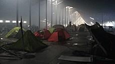 Shořela pražská výstava stanů. Kouř byl vidět desítky kilometrů daleko