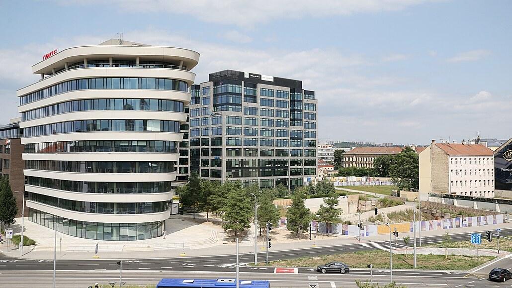 Opuštěné výrobní areály se mění v moderní centra, stěhují se tam firmy