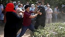 Tunisané mají kompromis v krvi, říká znalec země. Současnou krizi podle něj kromě covidu uspíšilo i roční období
