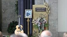 Loučení s Františkem Nedvědem: do krematoria dorazilo i mnoho příznivců trampské muziky