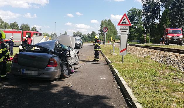 Nehoda se stala na přejezdu v Holubově.