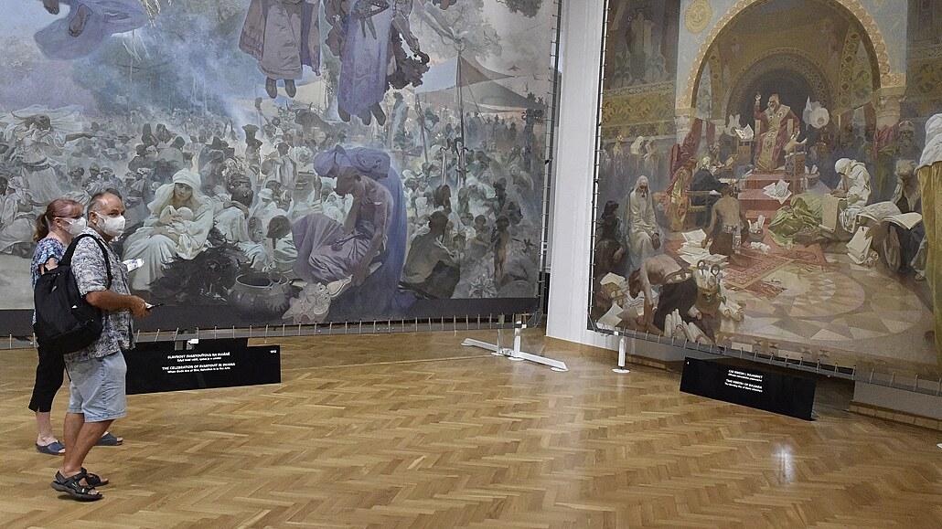Lístky na výstavu Slovanské epopeje v Moravském Krumlově rychle mizí