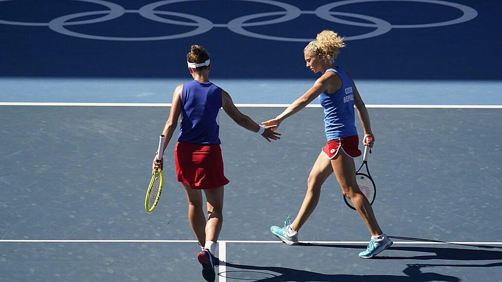 Čtyřhra je zlatá! Krejčíková a Siniaková ovládly finále i celou olympiádu