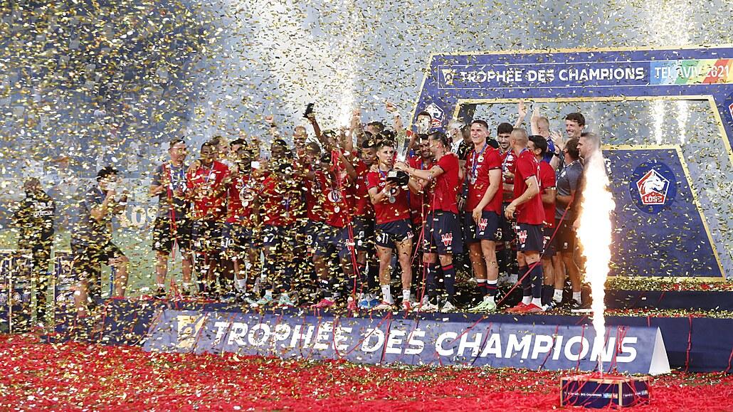 Fotbalisté Lille ukončili letitou nadvládu PSG ve francouzském Superpoháru