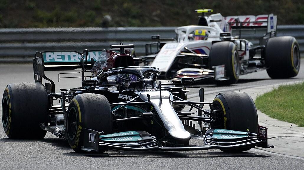 Hamilton musel po GP Maďarska k lékaři, zřejmě kvůli následkům covidu