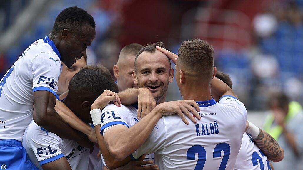 Ostrava - Zlín 5:1, demolice, čtyři góly za půl hodiny. Dva dal Lischka