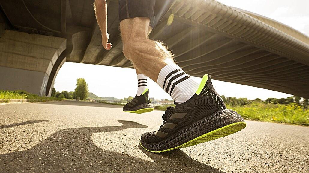 Budoucnost běhání je v 3D tisku. Toto jsou tenisky, které vám pomohou zrychlit