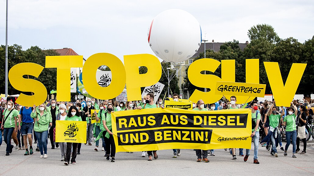 Autofotka týdne: Autosalon v Mnichově znechutili aktivisté