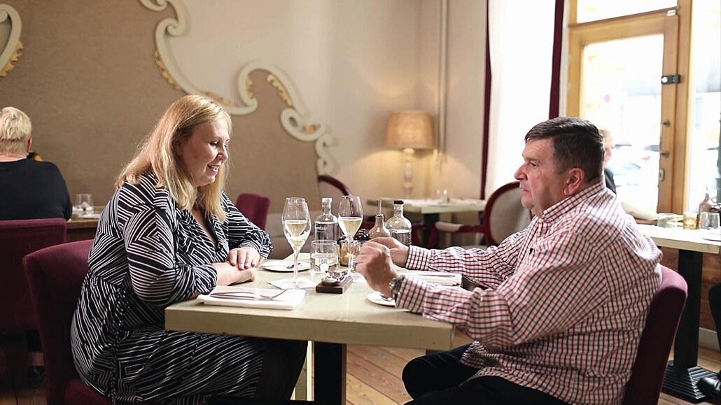 Pokud na rande dorazí arogantní buran, počkejte si na správného chlapa