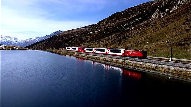 Nejpomalejší rychlík na světě. Takový je švýcarský ledový express