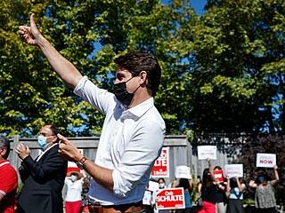 Kanadský premiér Justin Trudeau na volebním meetingu. V Kanadě začaly předčasné...