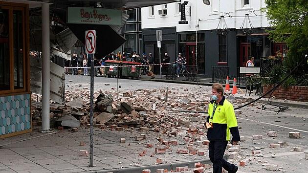 Nejsilnější otřesy za desítky let. V Melbourne či Sydney praskaly domy