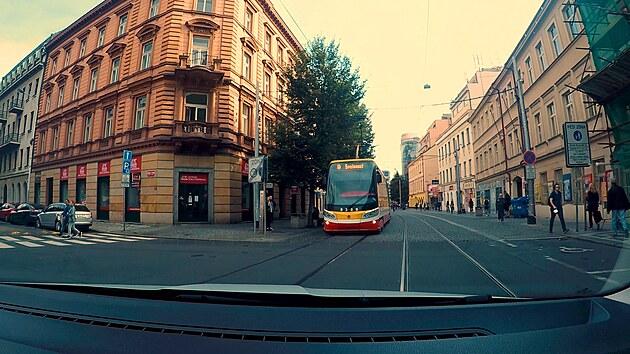 Kdy nemá tramvaj přednost? Podívejte se