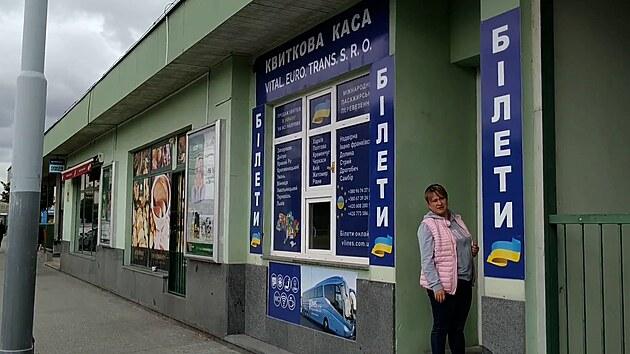 Centrální autobusové nádraží v Plzni se změnilo v ukrajinskou zónu