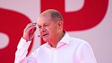 Scholz je blízko postu německého kancléře. Bývalému revolucionáři stačilo v kampani neudělat chybu