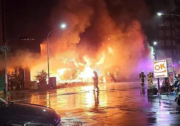 Na Tchaj-wanu hořela výšková budova. Zahynulo nejméně 46 lidí