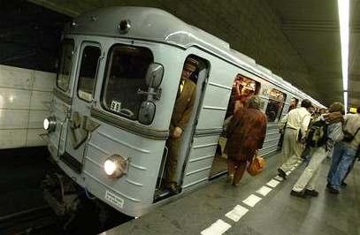 Metro bude jezdit navečer častěji