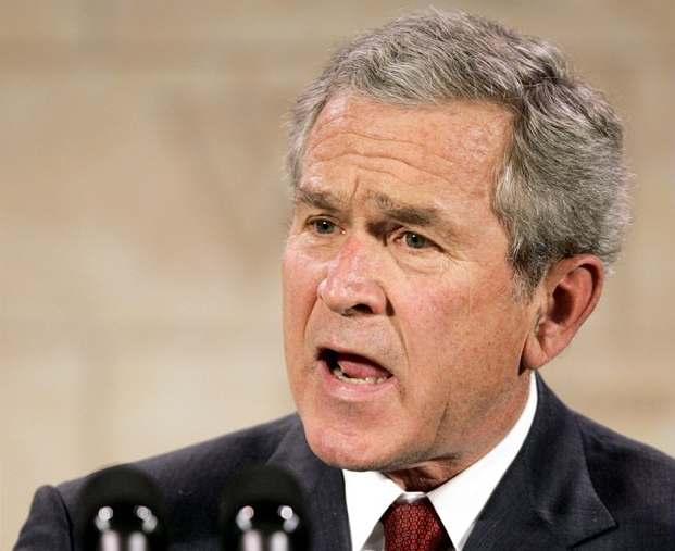 Bush: Do Iráku nás zavedly mylné informace