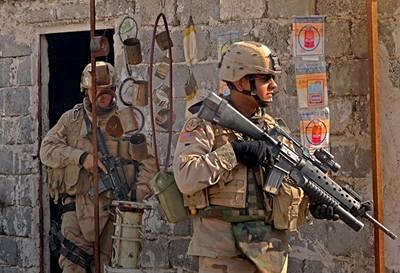 Britský voják zatčen kvůli násilí v Iráku