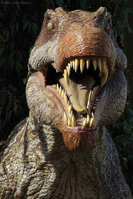 Devítitunový vládce dinosaurů