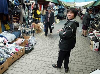 Trhovec zaútočil na celníka, dostal 12 let