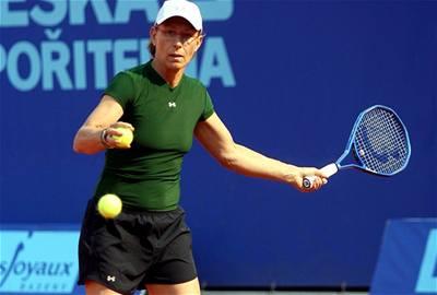 Navrátilová vypadla na Prague Open ve čtvrtfinále