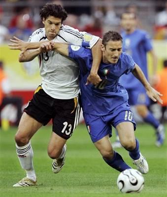 Italové vyřadili Německo dvěma góly v prodloužení