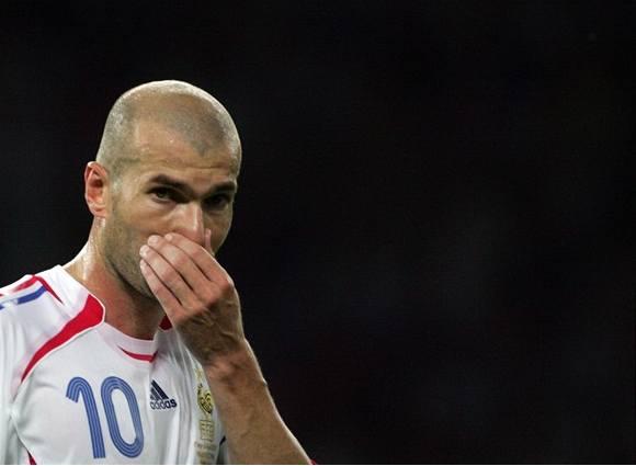 Zlatý míč patří Zidanemu