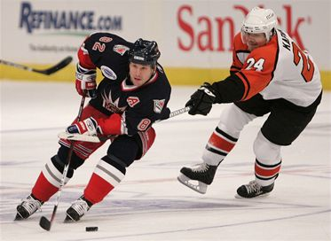 NHL: Straka zářil, Hašek propadl