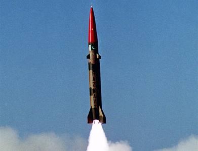 Indie testuje rakety dlouhého doletu. Mohly by zasáhnout Peking