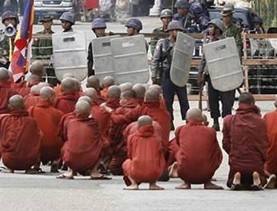 Barma: propaganda vítězí