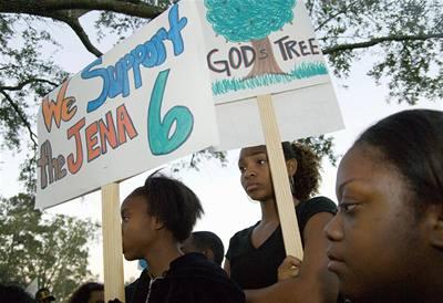 Tisíce černochů demonstrují v Louisianě