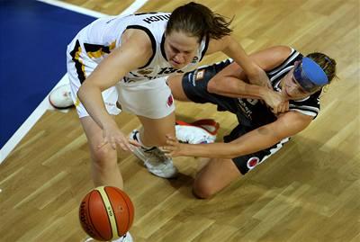 Basketbalistky klopýtly s Německem