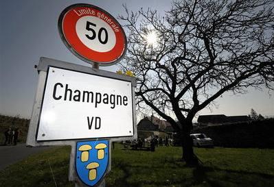 Boj o 'švýcarské šampaňské'
