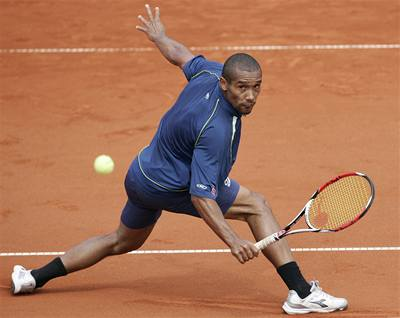 Soud: Na Roland Garros se smí sázet