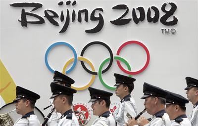 V Číně se draží olympijské kondomy